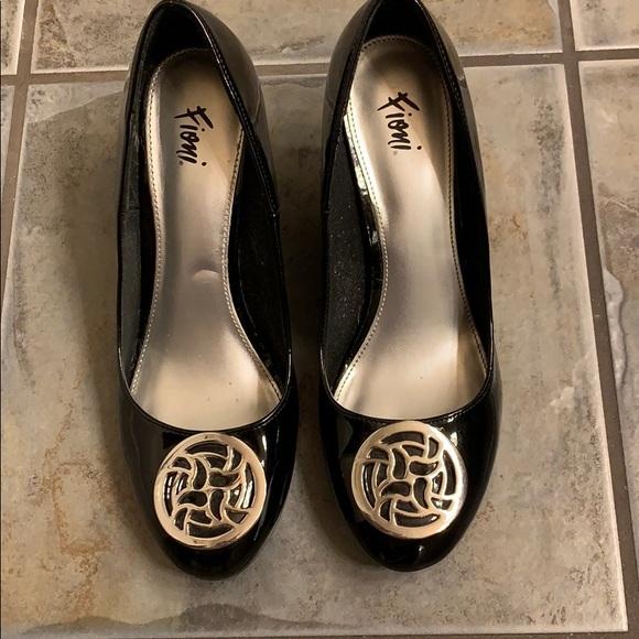 FIONI Clothing Shoes - Black wedges
